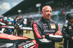 Tom Coronel: playing little games with the race car!