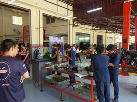 The Motul Corazón Foundation is offering 80 technical students in Cambodia a better future!