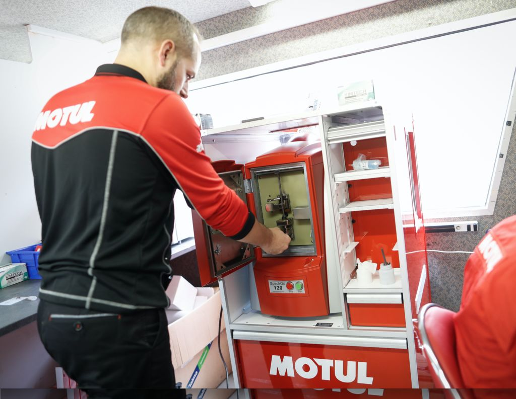 O que é o Motul Racing Lab?