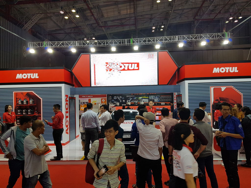 MOTUL THAM GIA VIETNAM INTERNATIONAL MOTOR SHOW 2017