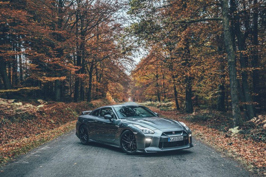 The Nissan GT-R after 10 years: projectile or museum piece?