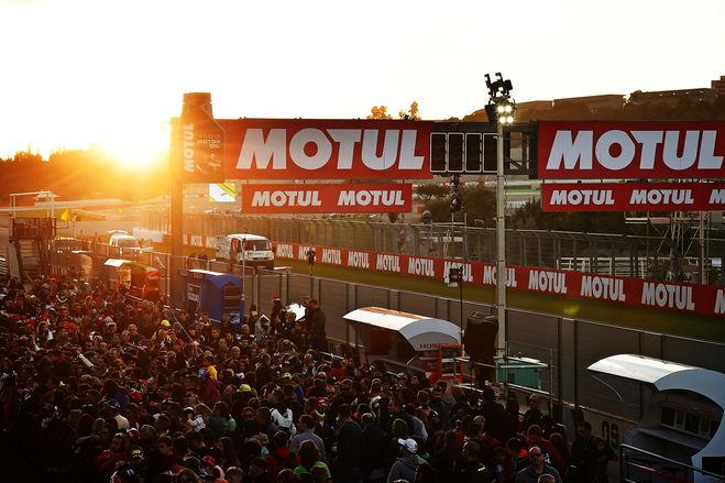 Motul e Valencia chiudono la grande stagione MotoGP ™