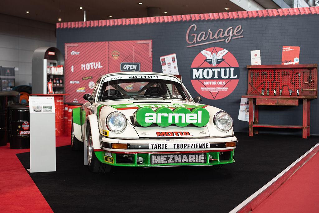 Wieder ein Porsche als Blickfang