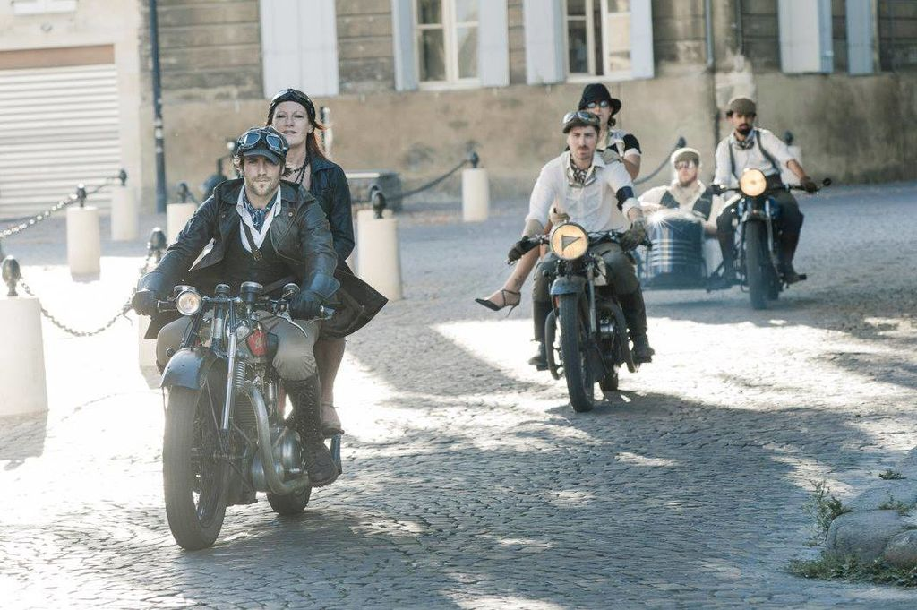 Moto Club de Bordeaux: leather, moustaches and classic pre-war motorbikes