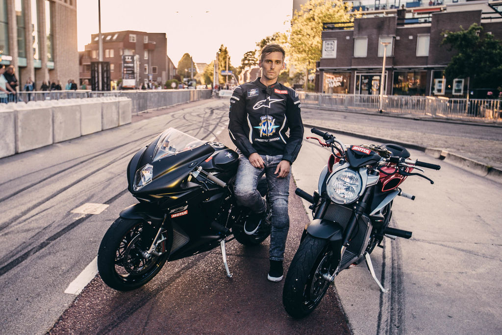 Thibaut Nogues: Riding MV Agusta's as if they were BMX's!