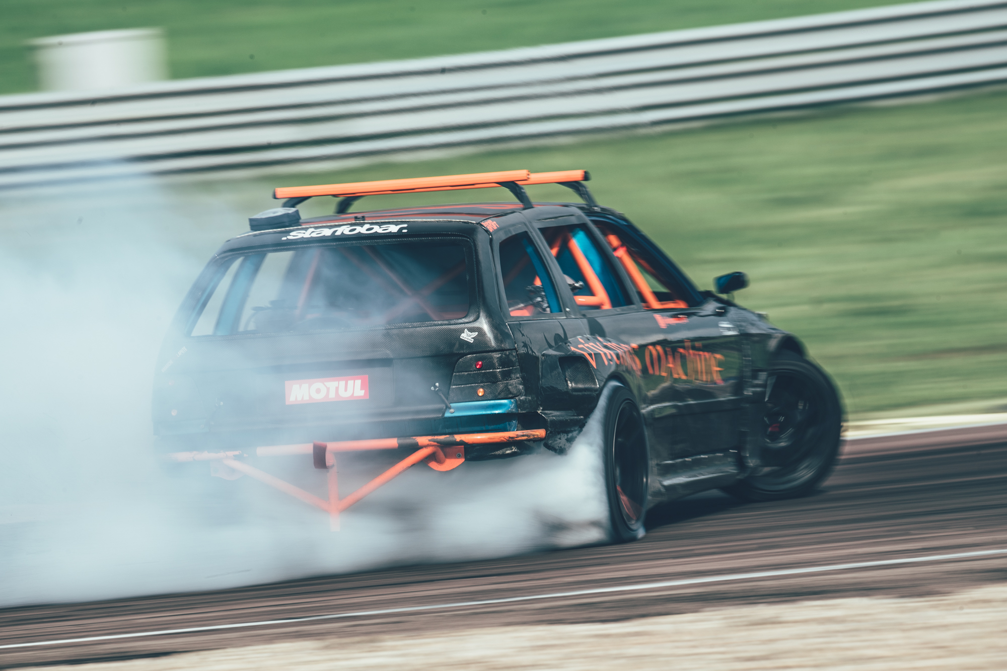 5 Pro tips on how to become a (better) drifter