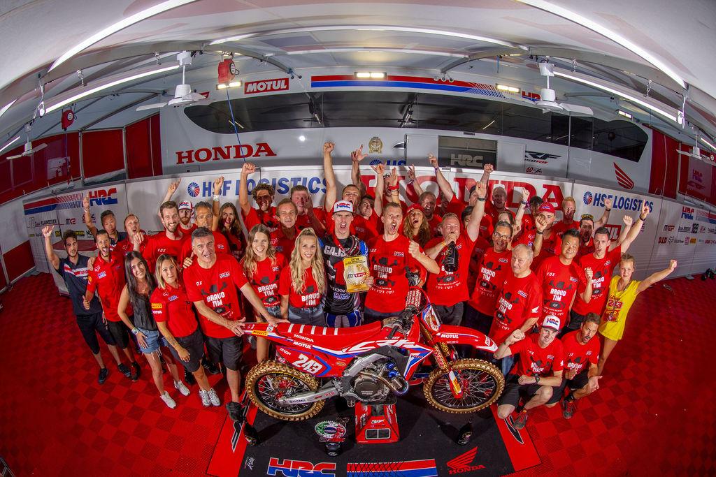 Gajser flies to MXGP World Championship with Honda and Motul!