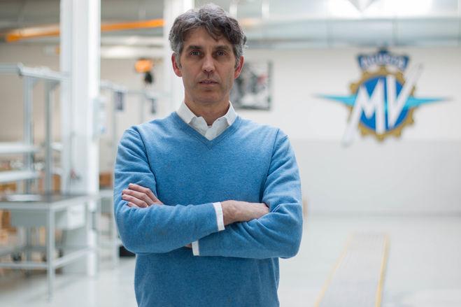 Castiglioni, presidente della MV Agusta Factory, spiega l'attenzione per l'artigianato, il design e l'ingegneria.