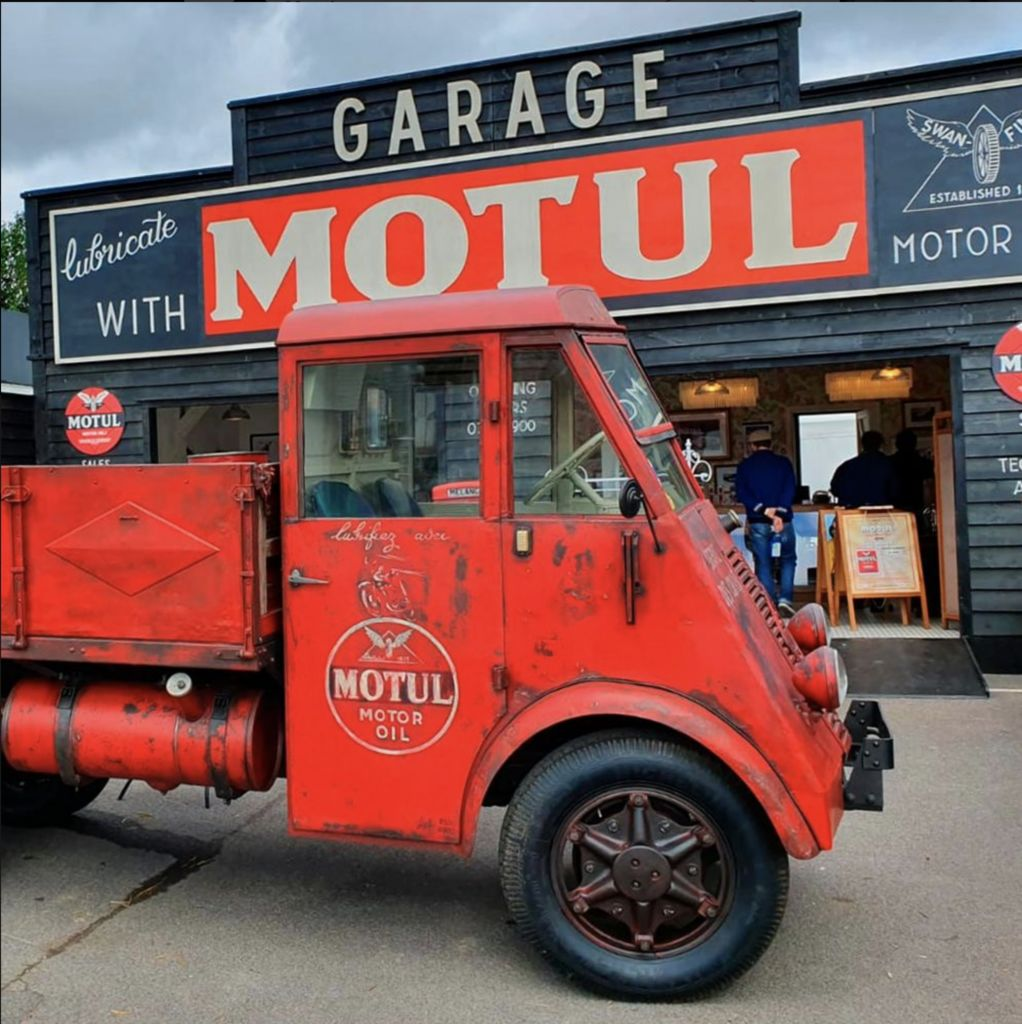 """The Vagabond"" highlights Motul heritage at Goodwood Revival"