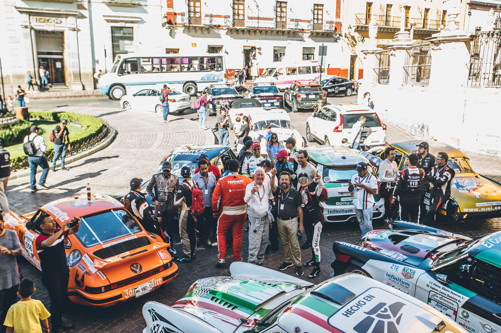 Eduardo, take us back to the first time you organised La Carrera Panamericana.