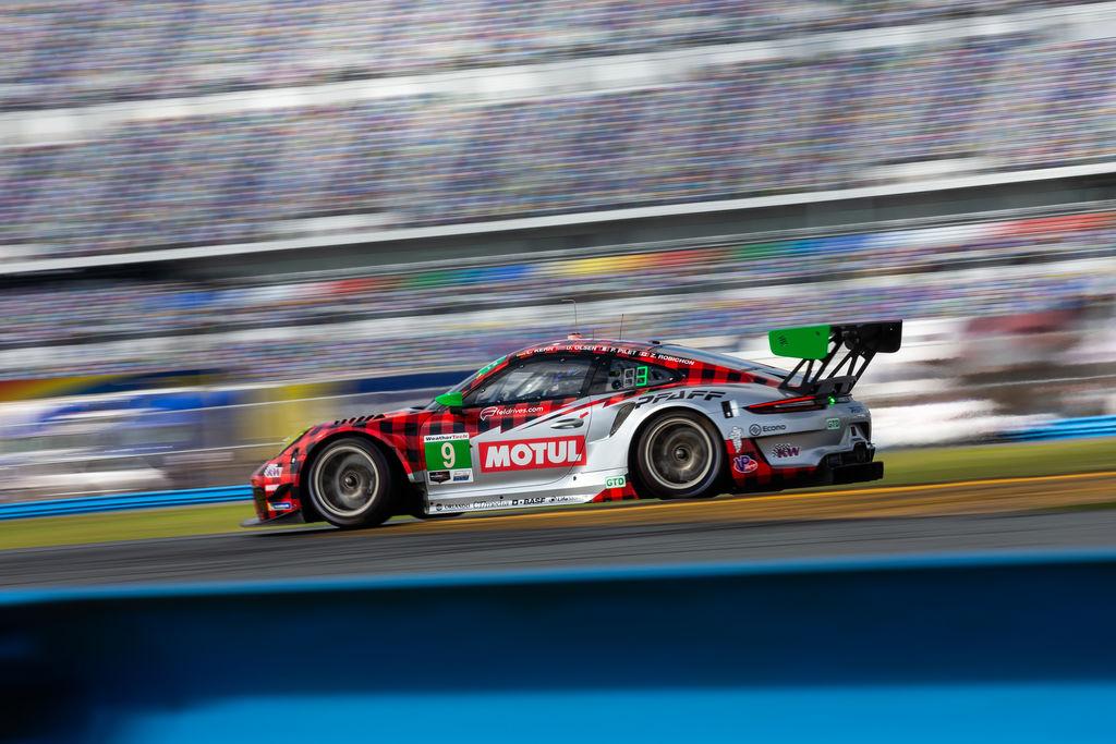 Canadian-based Porsche Team Completes Three-day Preseason Shakedown Of 911 GT3 R At Daytona International Speedway