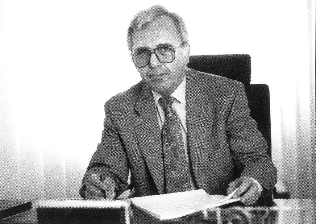 Geschäftsgründer von Motul Deutschland Toni Schoenebeck verstorben