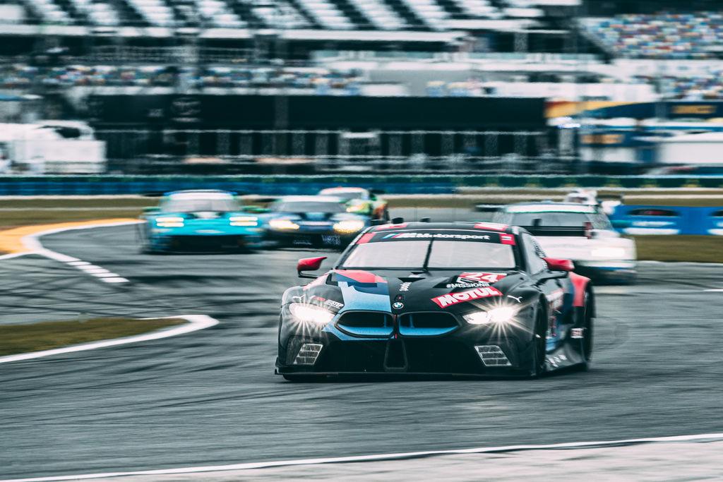 Motul и BMW M Motorsport объединились в американской гоночной серии!