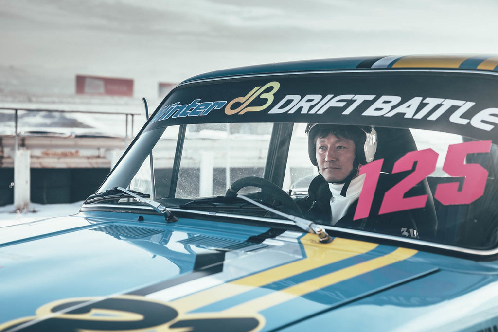Lada drifting in Siberia with Masato Kawabata