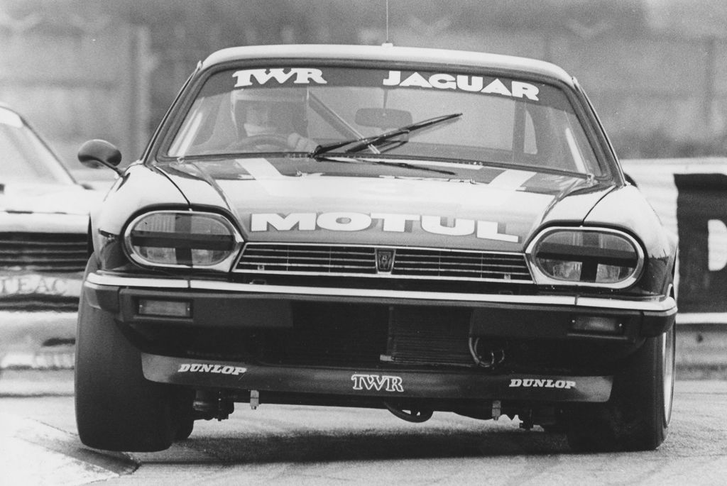 What challenges did he have to overcome getting the XJS race ready?