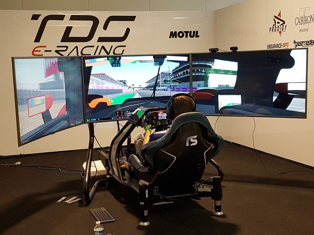 Andreas, how did you get involved in sim racing and how did the Edge Esports team start?