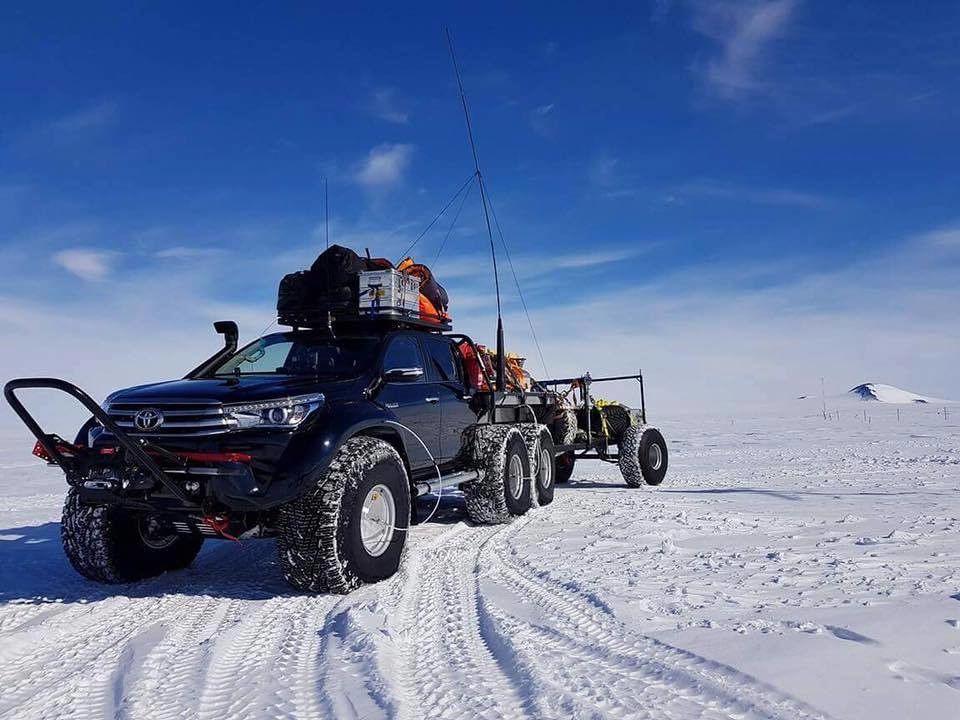 Eure Fahrzeuge sind auch für den Einsatz in der Antarktis zugelassen. Kannst du uns mehr erzählen?