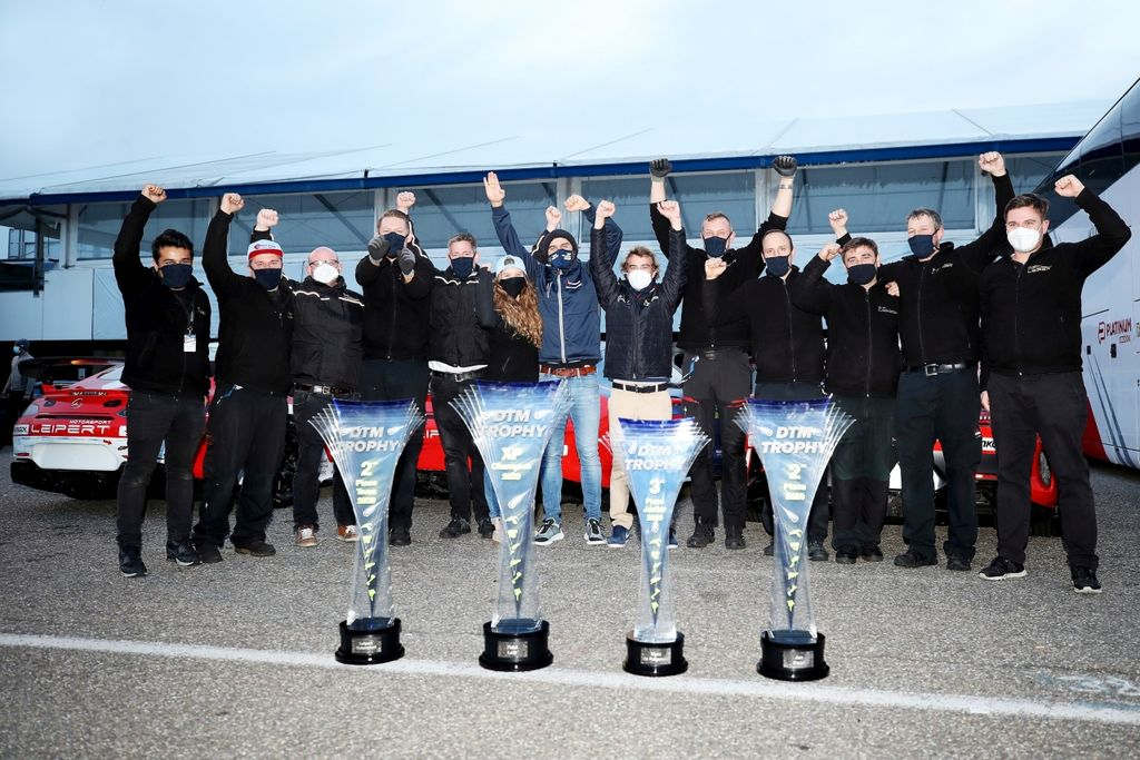 Leipert Motorsport feiert Vizemeistertitel und XP-Meister der DTM Trophy Saison 2020!