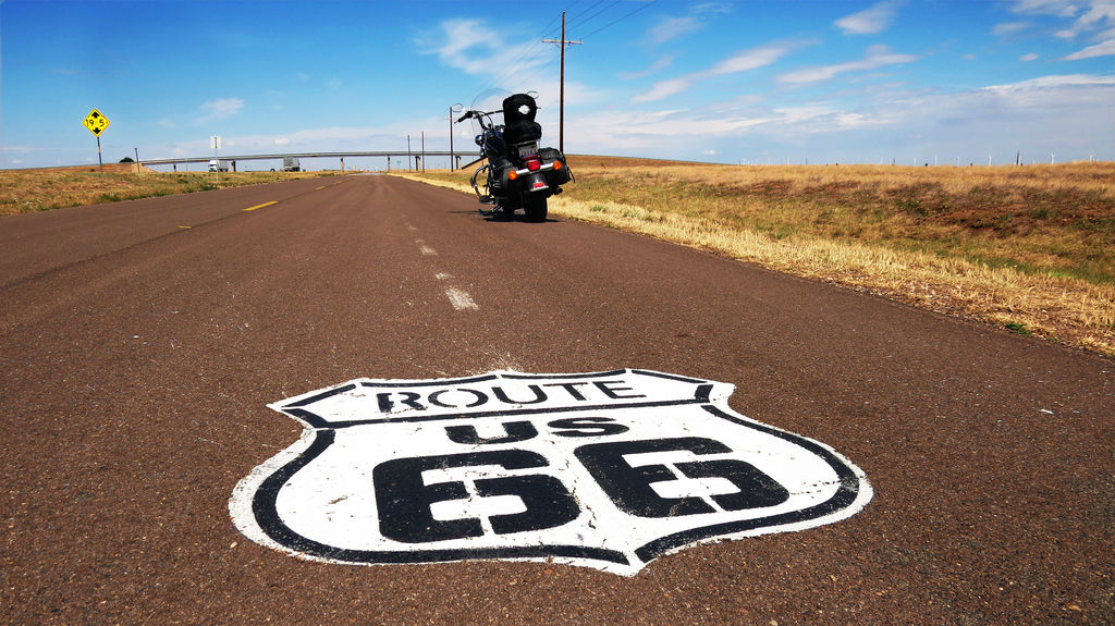 LIVING THE AMERICAN DREAM: RIDING ROUTE 66 ON A HARLEY