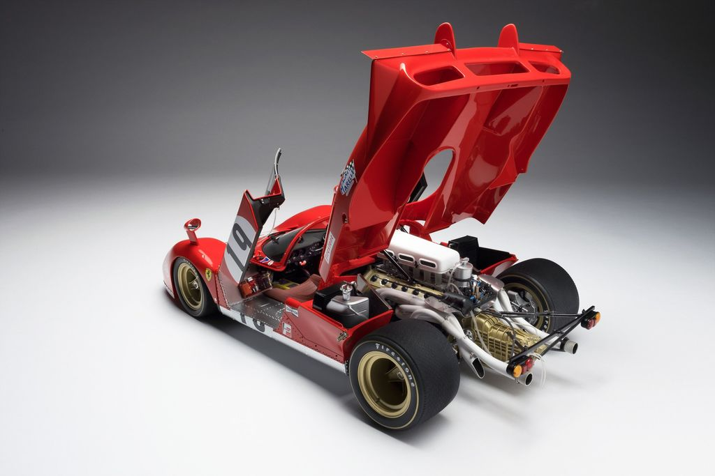 Do you make the models out of the same materials as the real car?