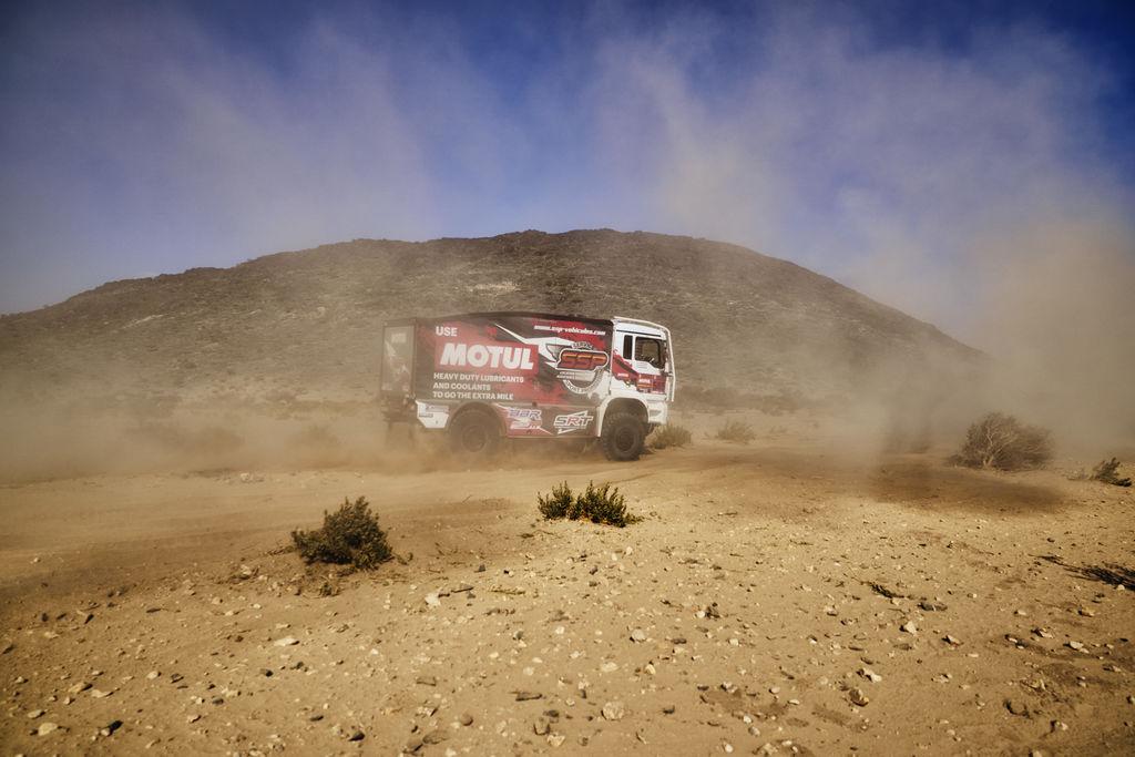 Motul apoya a más de 50 integrantes del Dakar