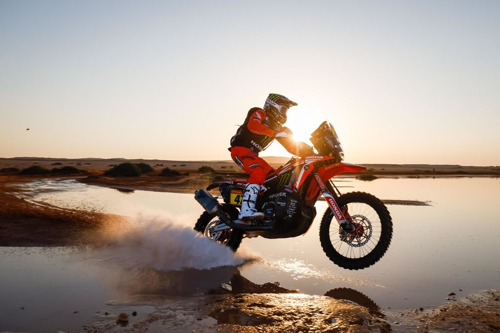 HRC AND MOTUL TRIUMPH IN DAKAR 2021