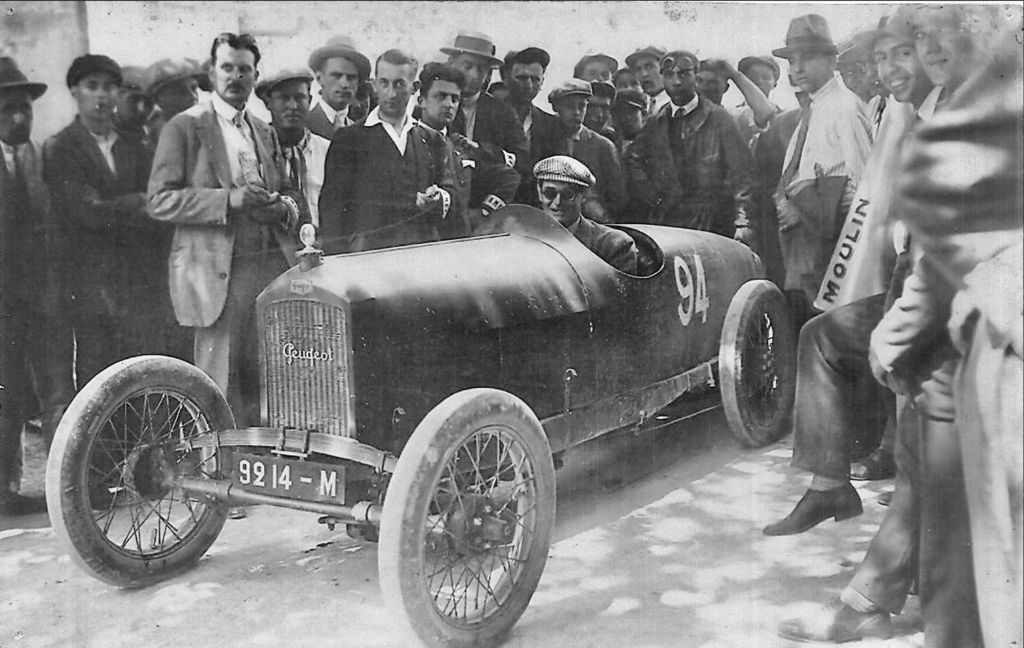 Восстановление столетнего гоночного автомобиля Peugeot