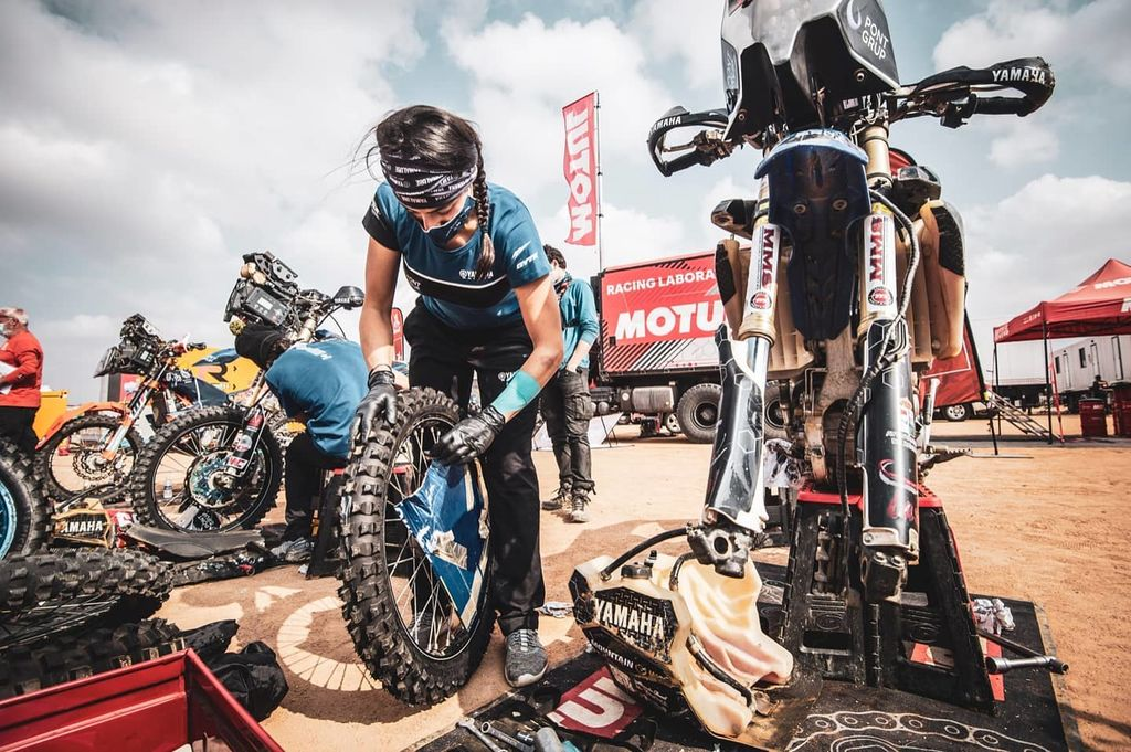 ¿Cómo te preparaste a ti y a tu moto para los 12 días que dura el evento?