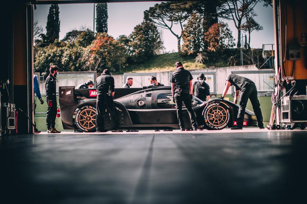 Für die kommende WEC-Saison steht Euch eine 1A-Fahrerliste zur Verfügung. Heute teilen sich Franck Mailleux und Romain Dumas das Cockpit. Wie viel Einfluss hat ein Fahrer auf die frühe Entwicklung eines solchen Autos?
