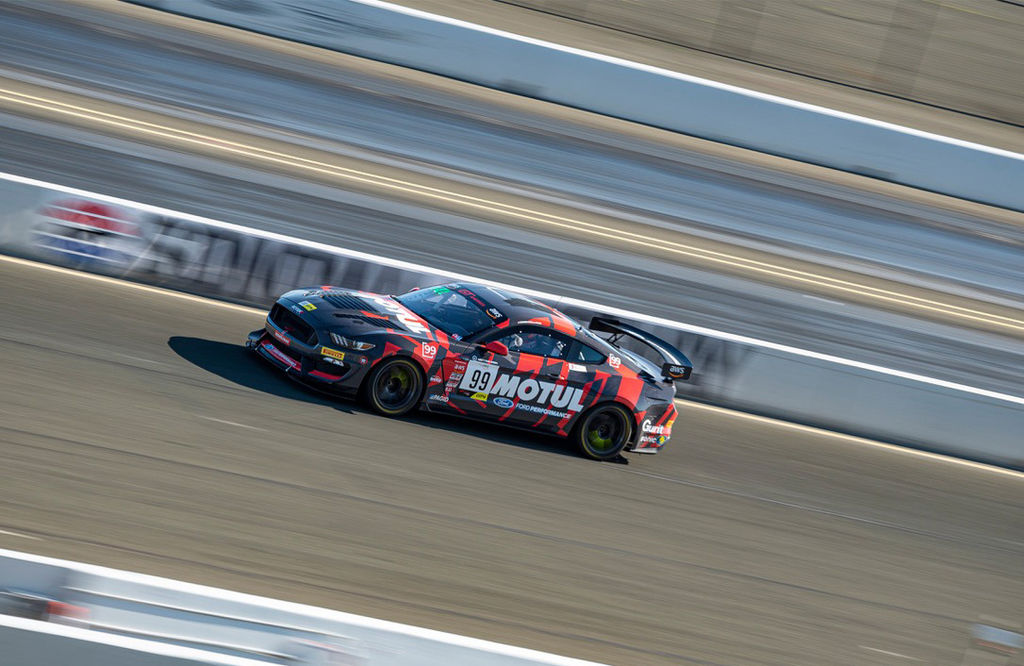 """ROBB HOLLAND: """"MOTUL MAKES PERFECT PRODUCTS FOR A MUSCLE CAR"""""""