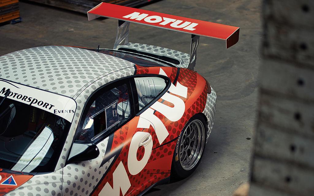 НУ и говоря о главном, что насчет этого 911 GT3 CUP в цветах Motul…