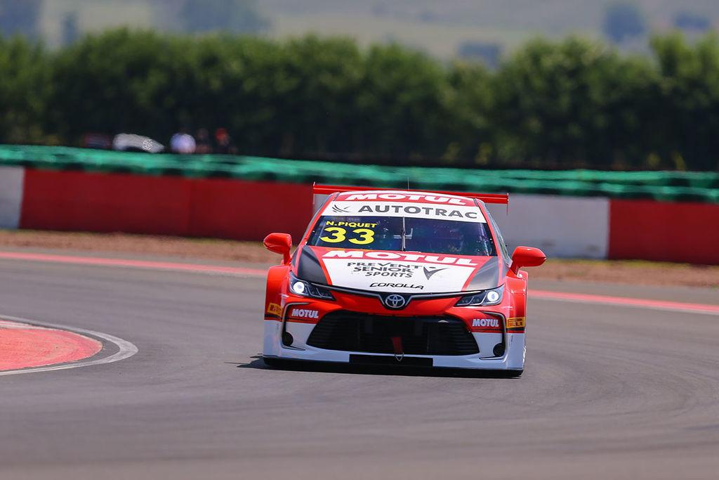 F1, Formel E, Rallye-Cross, Nascar ... viele Autos, die du vermutlich auch gefahren bist. Warum so viele verschiedene Fahrzeuge?