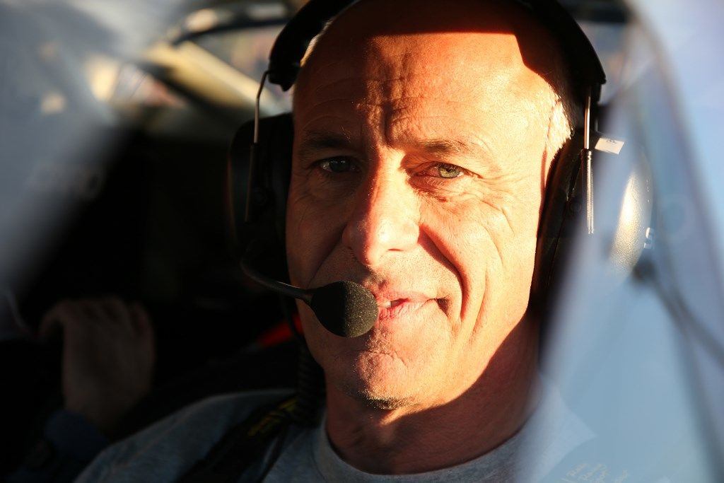 Philippe, vous êtes pilote depuis 30 ans. Après avoir connu tant de voitures et de compétitions, vous avez bien quelques grands moments à nous partager?