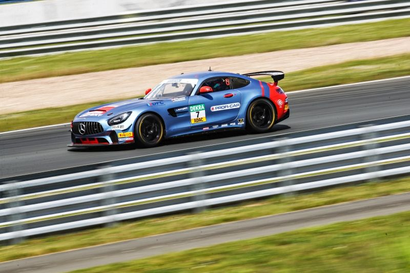 Podium successes also for Leipert Motorsport's youngsters in ADAC GT4 Germany