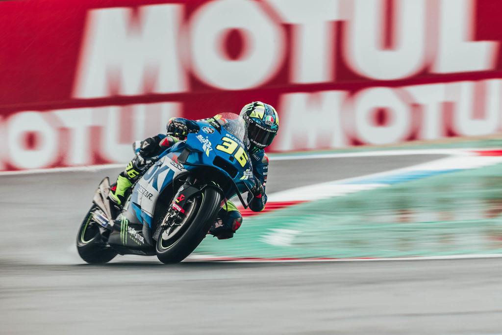 Qual é a importância de um lubrificante numa moto de MotoGP?