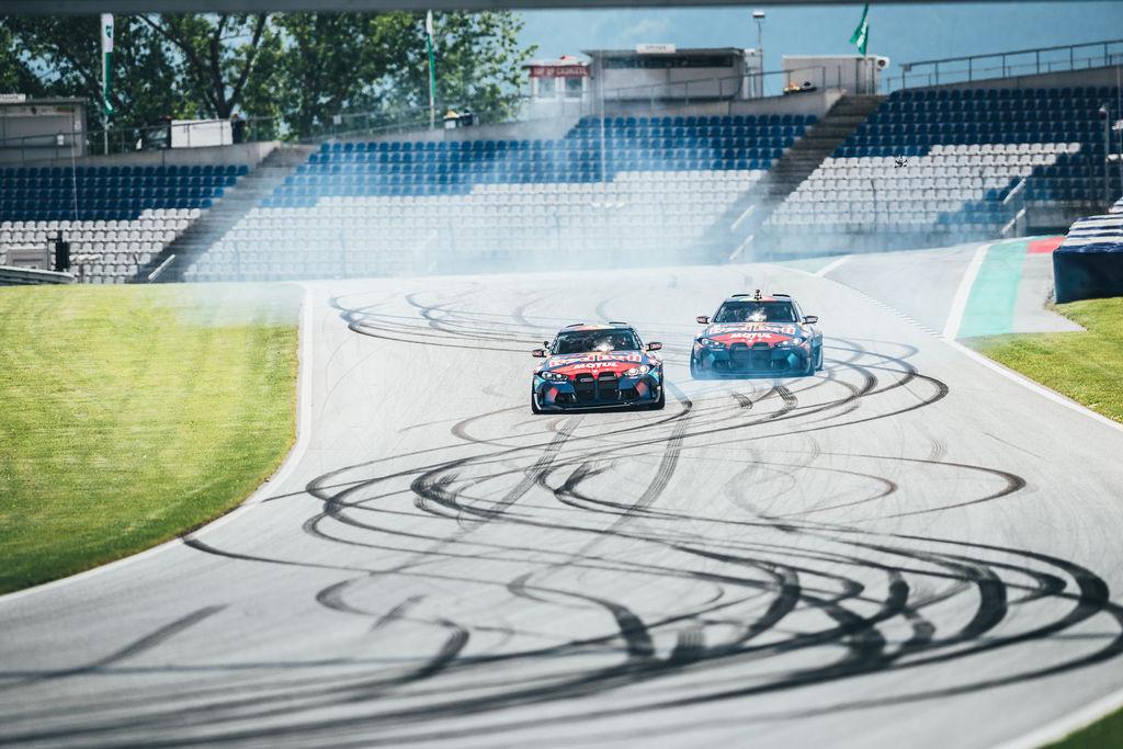 Motul 300V gibi bir yarış yağı dayanıklılıkta ne kadar rol oynuyor?