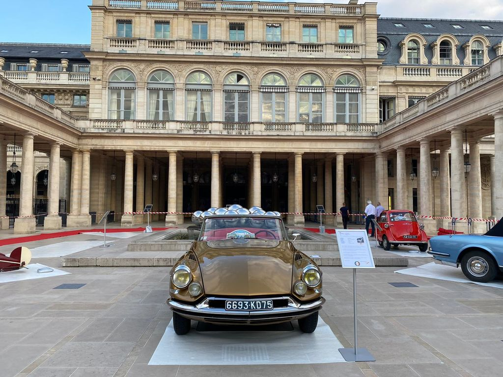 Two of these vehicles are going to be on display at an event in Paris this weekend. Can you tell us more about the event at Palais-Royal?