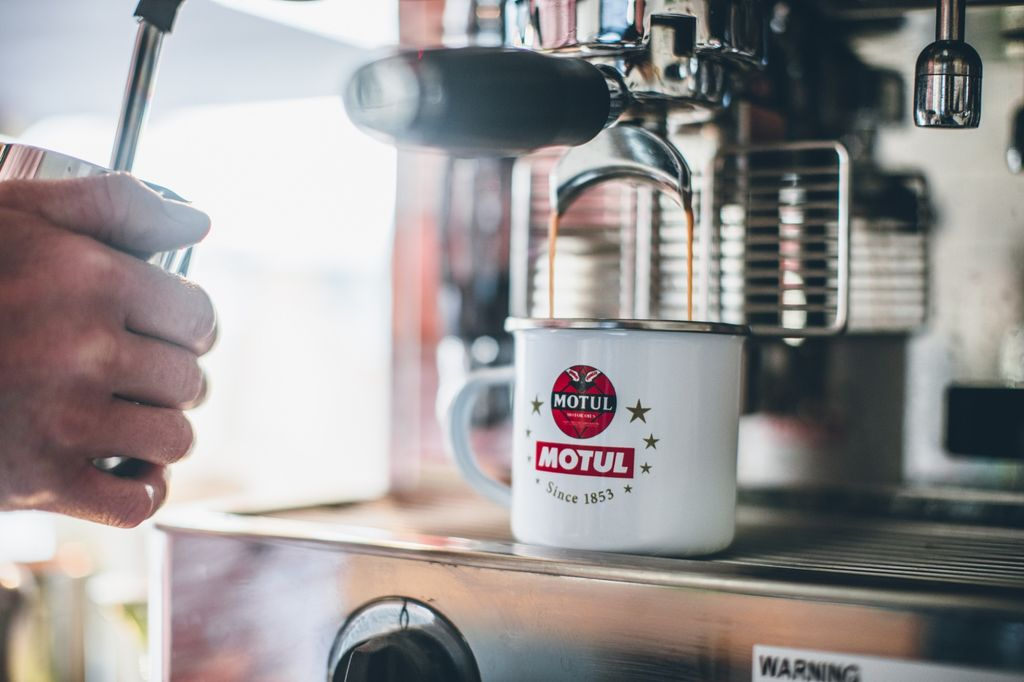 Motul coffee shop
