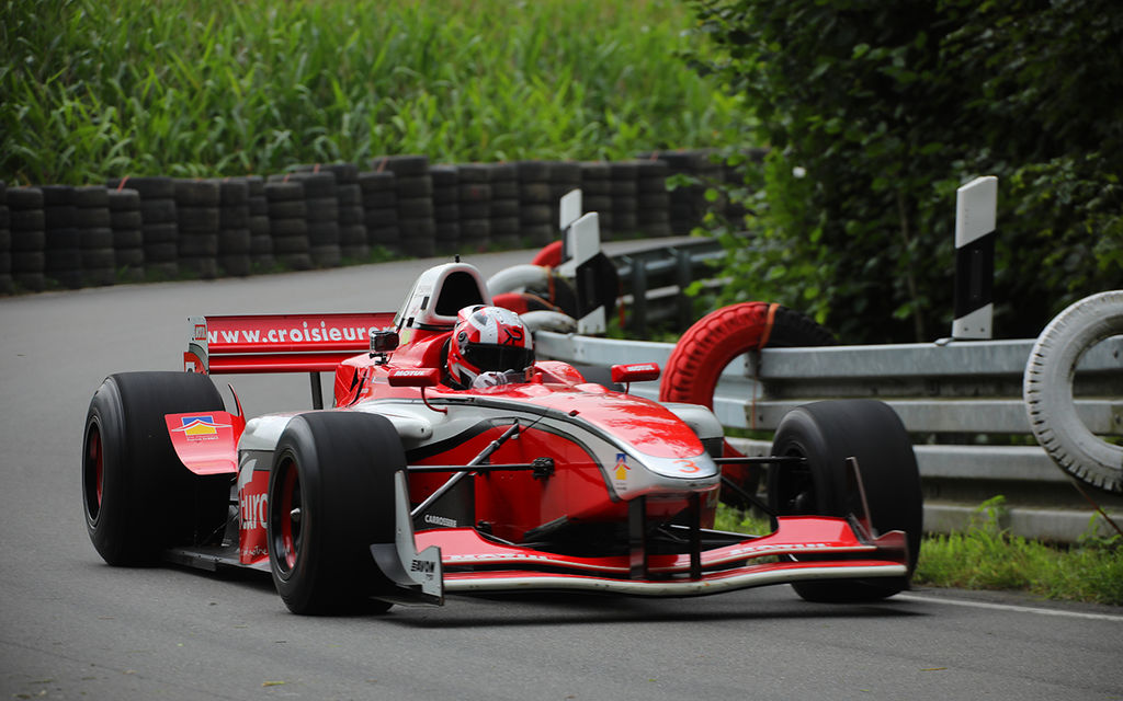 KEVIN PETIT – THE FRENCH CHAMP HILL CLIMBS A LOLA